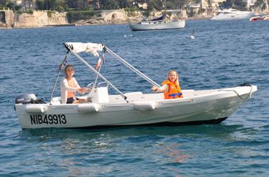 bateau de peche sans permis